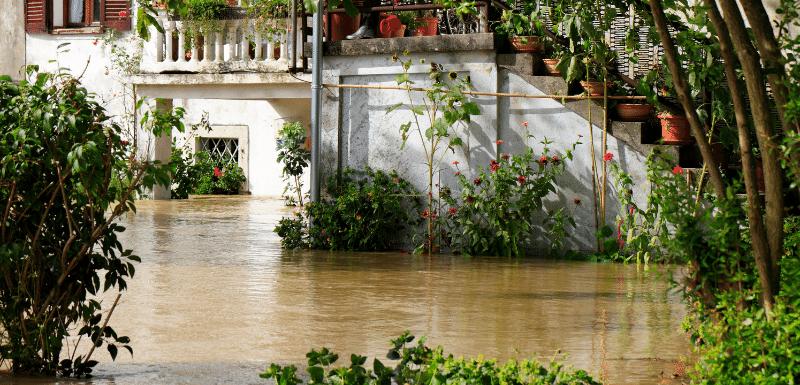 Indemnización por inundación en su vivienda